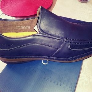 0284b7ca07a solo Shoes